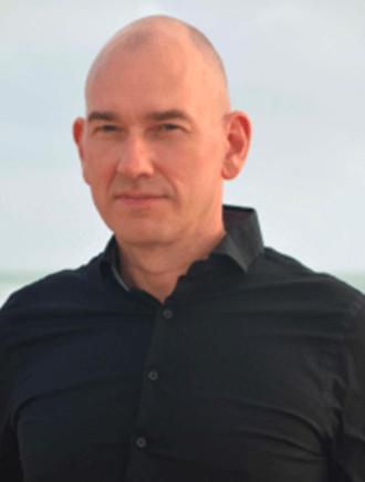 Instructor Laurent Metzger